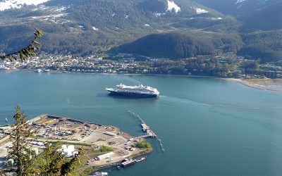 Explore Juneau: 7 Must-See Sites Within Walking Distance