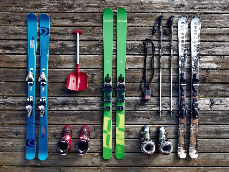 skiing alaska